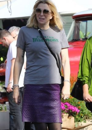 Courtney Love - Out on Melrose Place in West Hollywood
