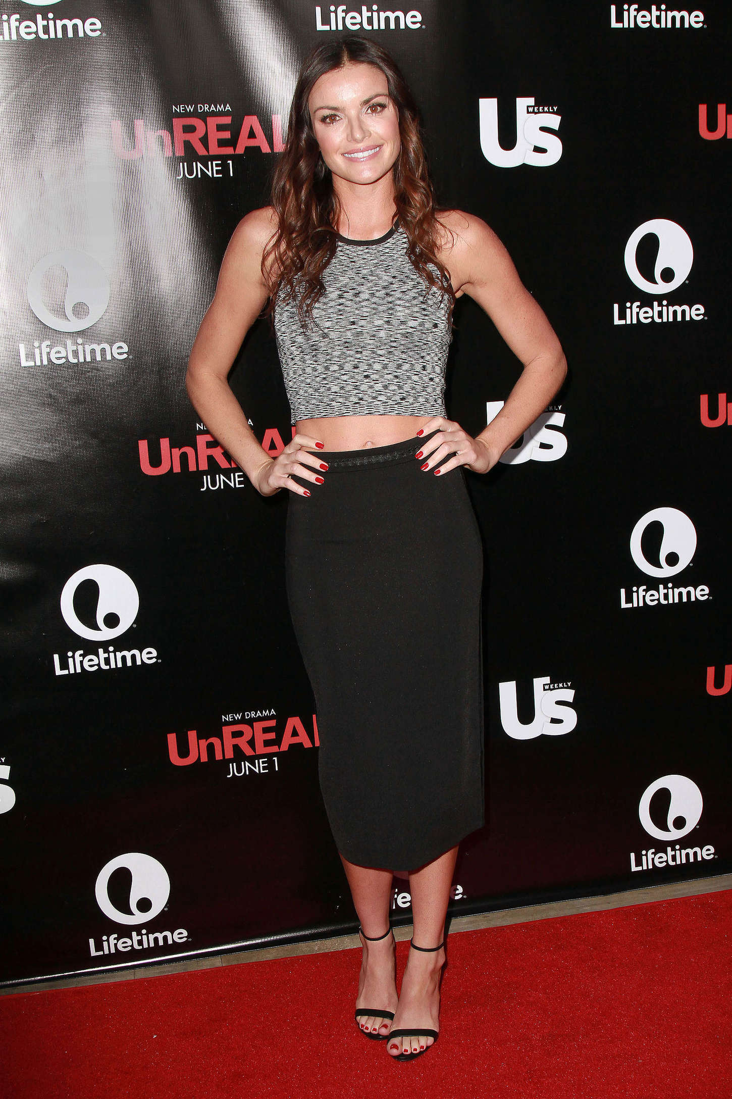 Courtney Robertson 2015 : Courtney Robertson: UnReal Premiere Party -01