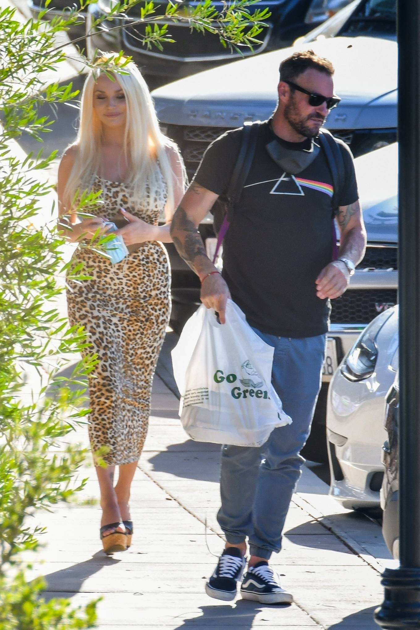 Courtney Stodden and Brian Austin Green - Enjoying lunch together at a local Mexican eatery in LA