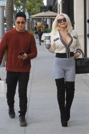 Courtney Stodden and her boyfriend Chris Sheng - Out in Beverly Hills