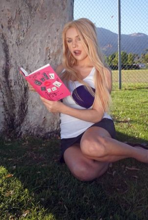 Courtney Stodden - Pictures as Mean Girls character Regina George