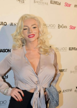 Courtney Stodden - Star Hollywood Rocks Event in Hollywood