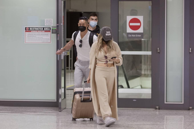 Courtney Stodden 2021 : Courtney Stodden – With Chris Sheng arrive into Washington DC -04