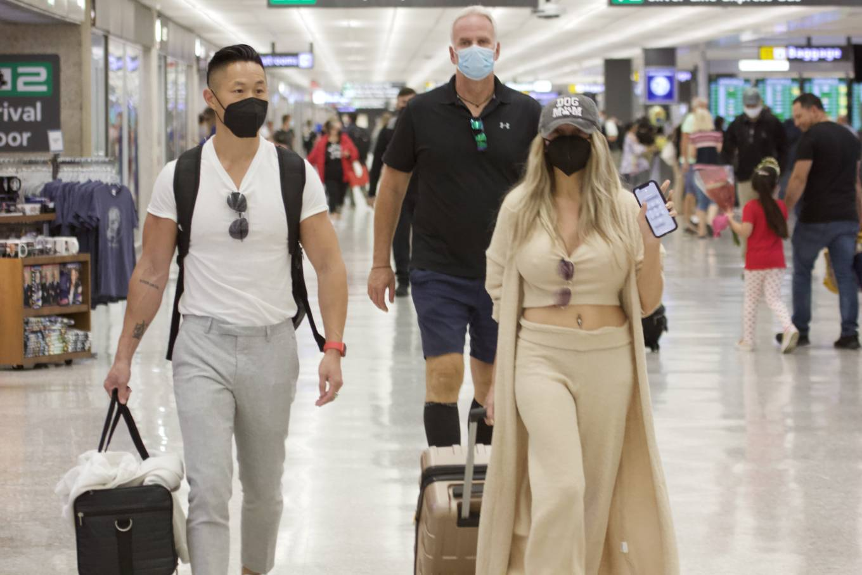 Courtney Stodden 2021 : Courtney Stodden – With Chris Sheng arrive into Washington DC -06