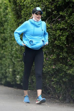 Courtney Thorne-Smith - Goes on a hike in Los Angeles