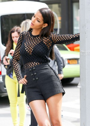 Cris Urena on The Maybelline Photoshoot in New York