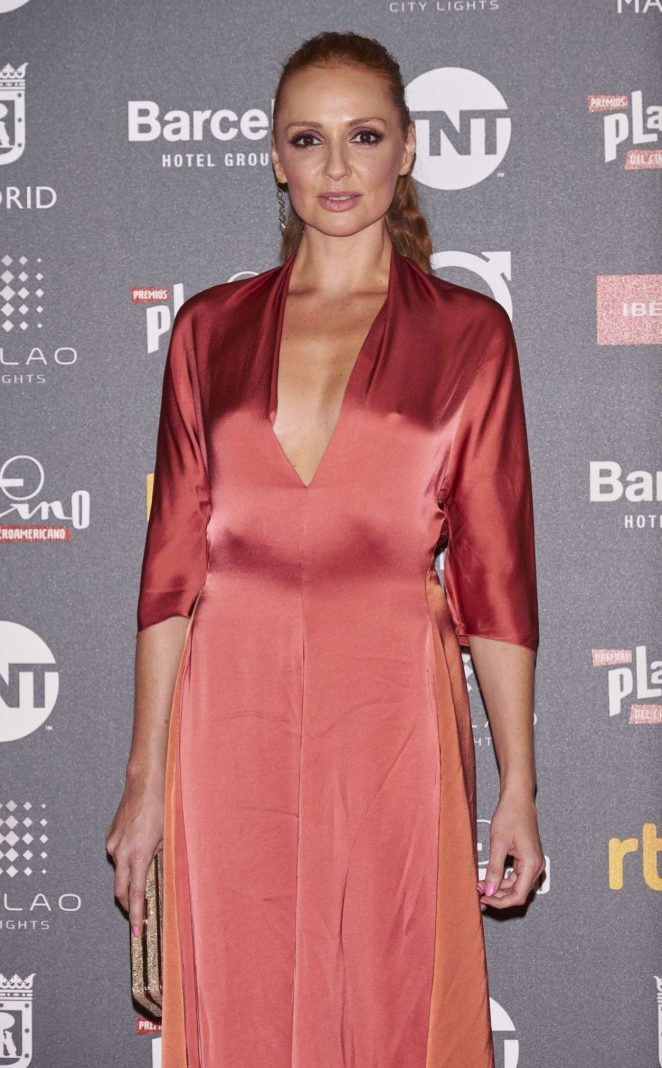 Cristina Castaño – Platino 2017 Awards in Madrid