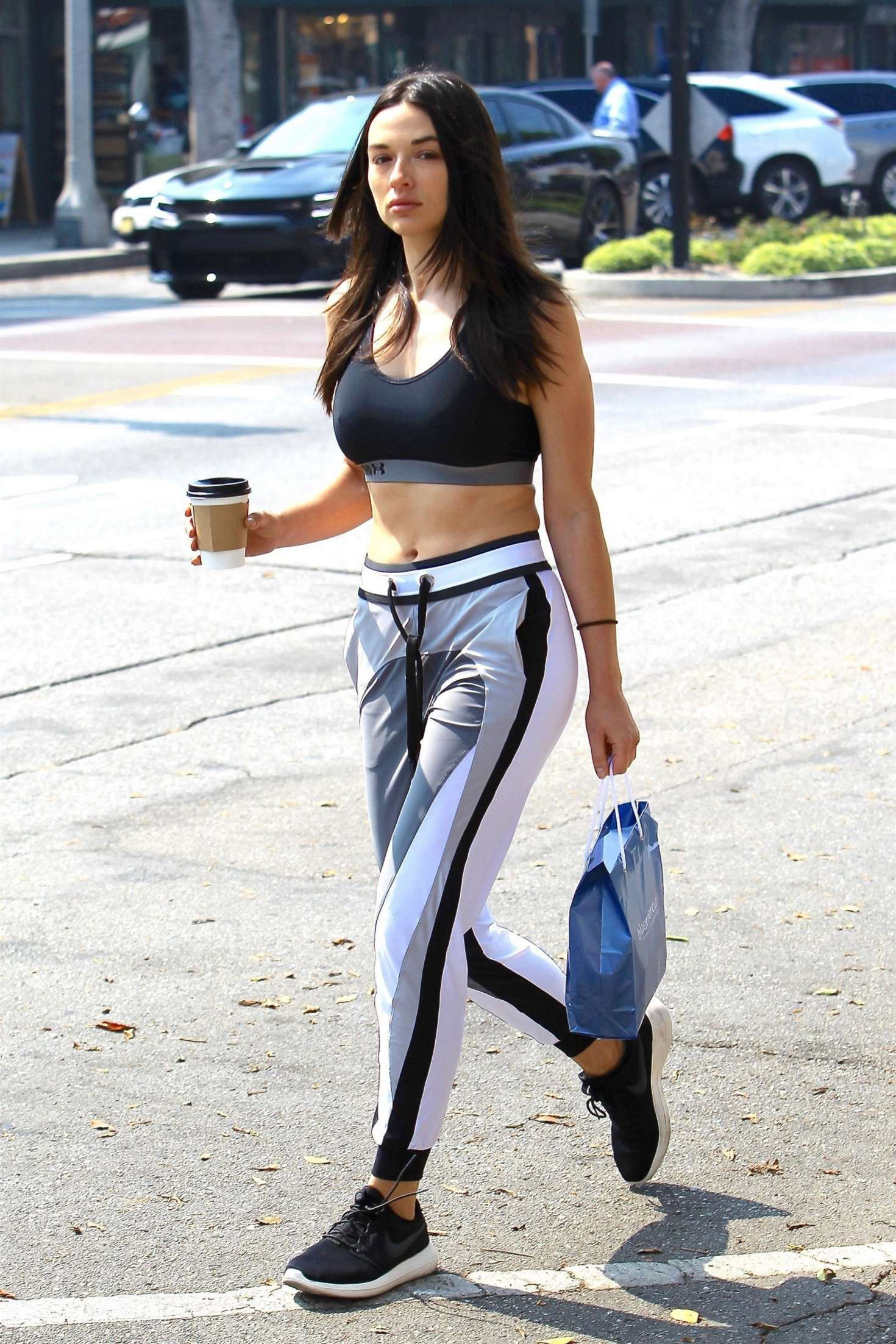 Crystal Reed - Grabbing a coffee out in Redondo Beach
