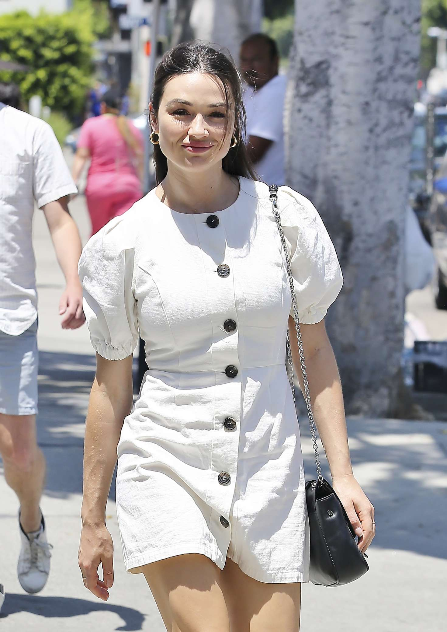 Crystal Reed - Shopping in Los Angeles