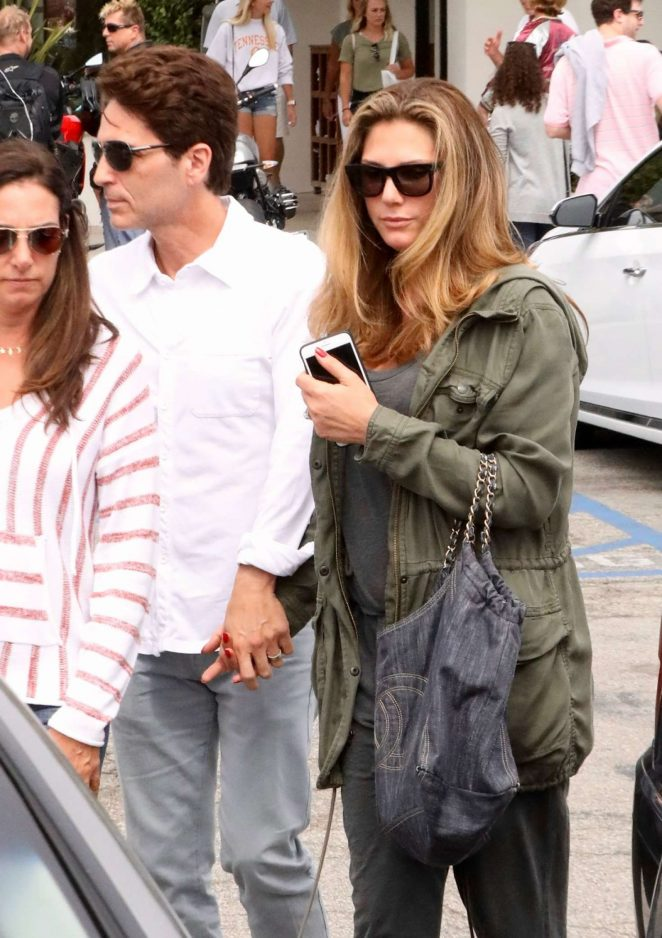 Daisy Fuentes out for lunch with family in Malibu
