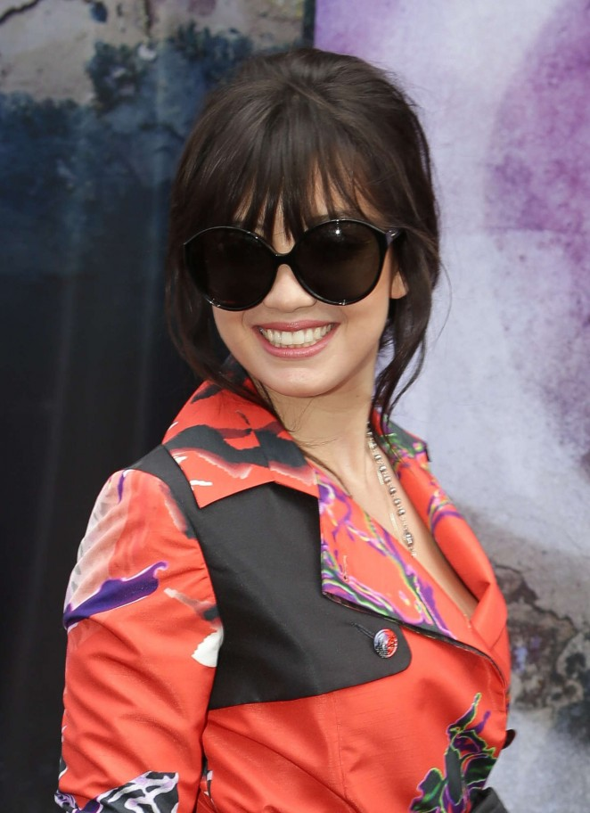 Daisy Lowe: Gounden Flagship Store Opening -06