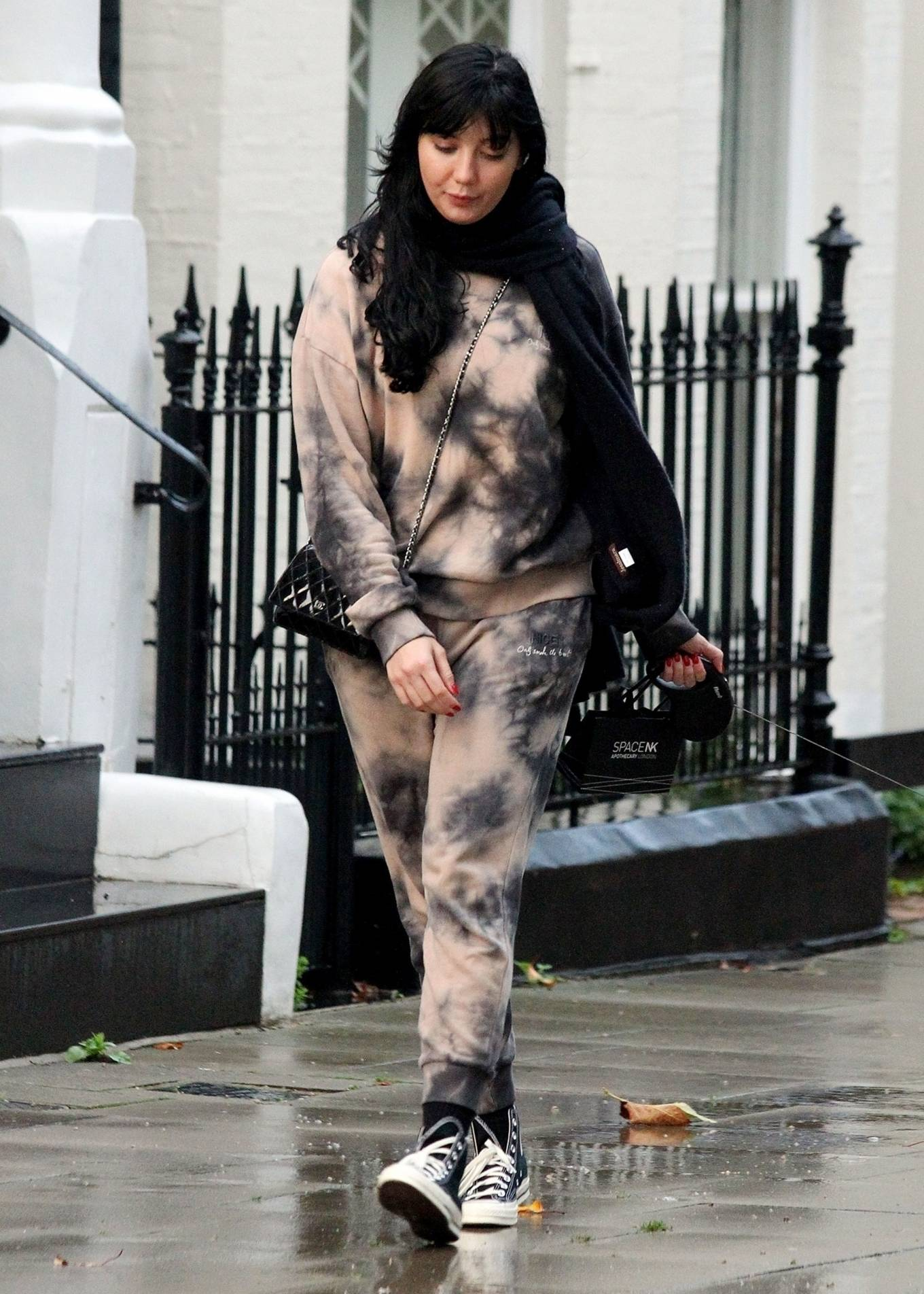Daisy Lowe - Out in Primrose Hill