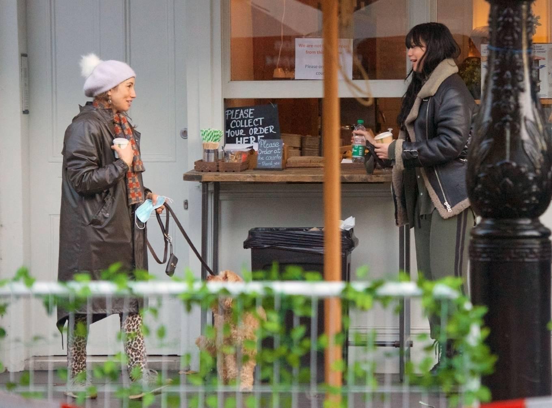 Daisy Lowe 2020 : Daisy Lowe – Seen at a coffee shop in London-06