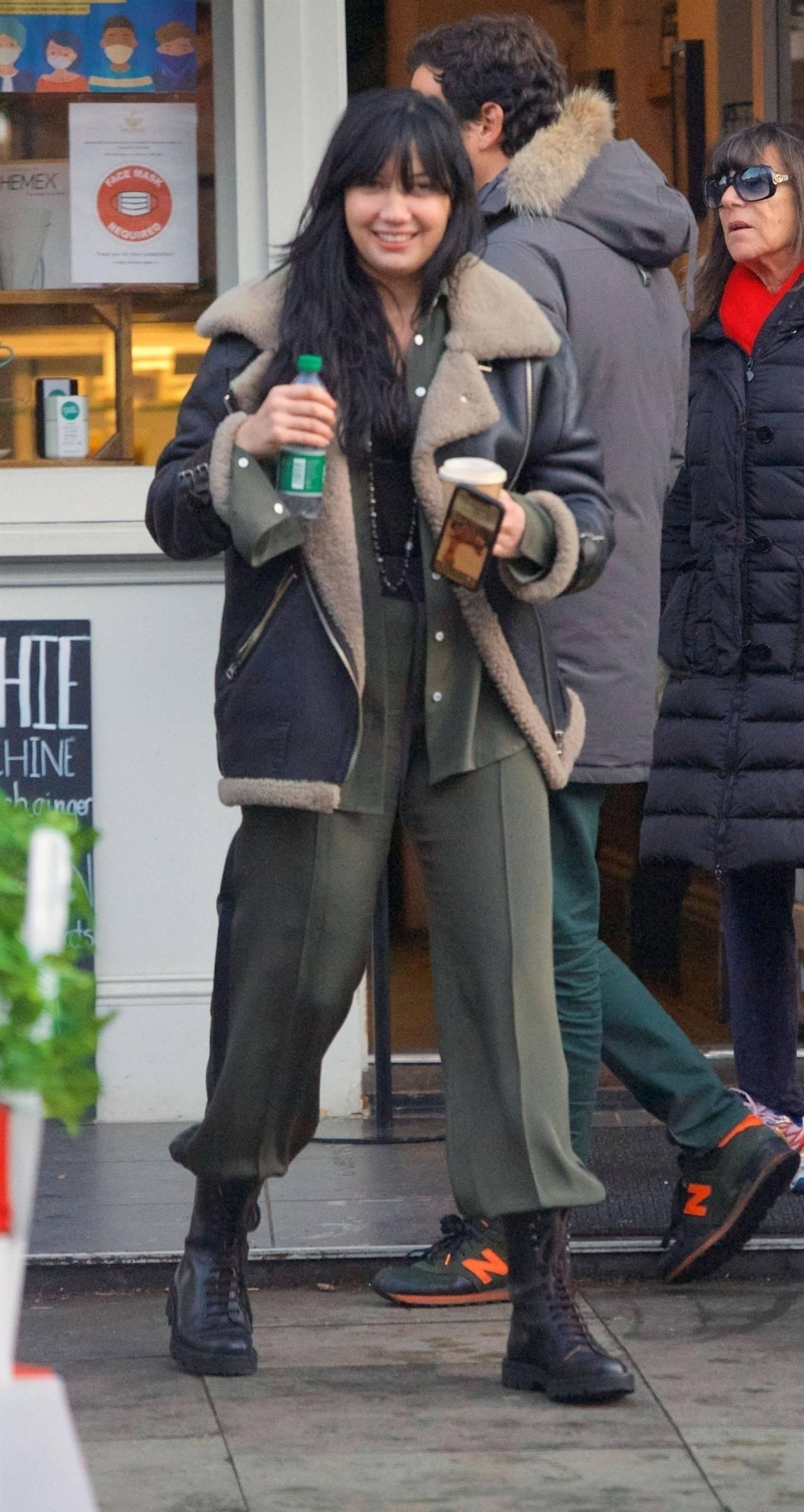 Daisy Lowe 2020 : Daisy Lowe – Seen at a coffee shop in London-17