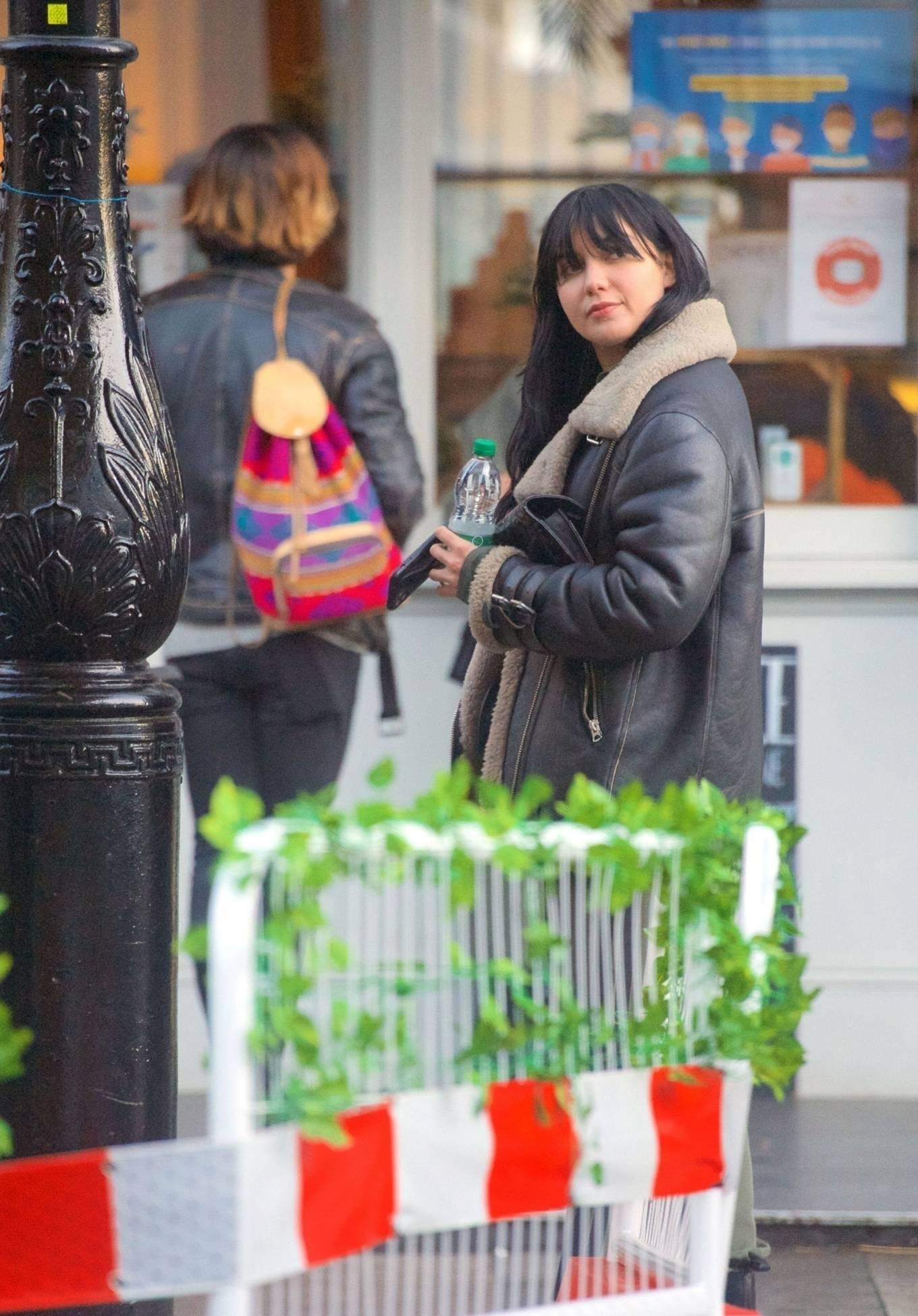 Daisy Lowe 2020 : Daisy Lowe – Seen at a coffee shop in London-19