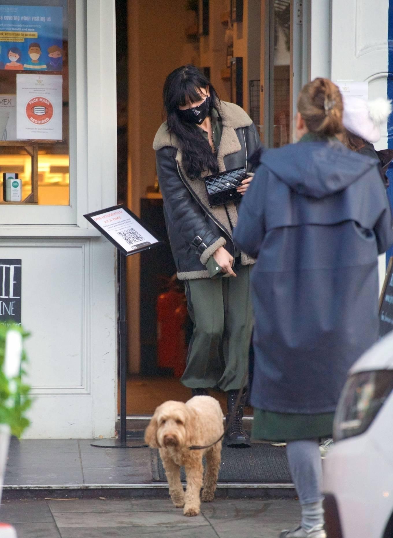 Daisy Lowe 2020 : Daisy Lowe – Seen at a coffee shop in London-23