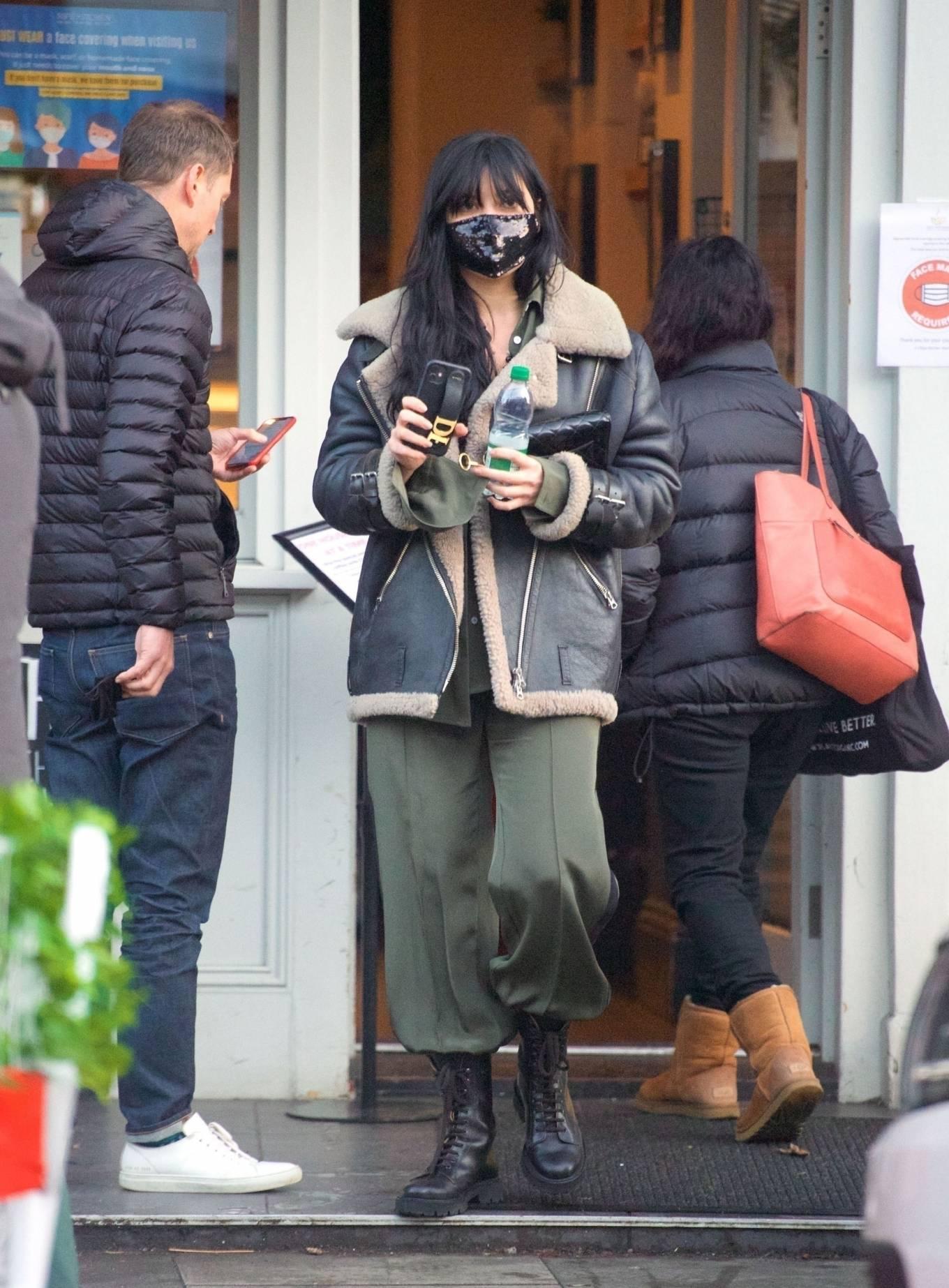 Daisy Lowe 2020 : Daisy Lowe – Seen at a coffee shop in London-24