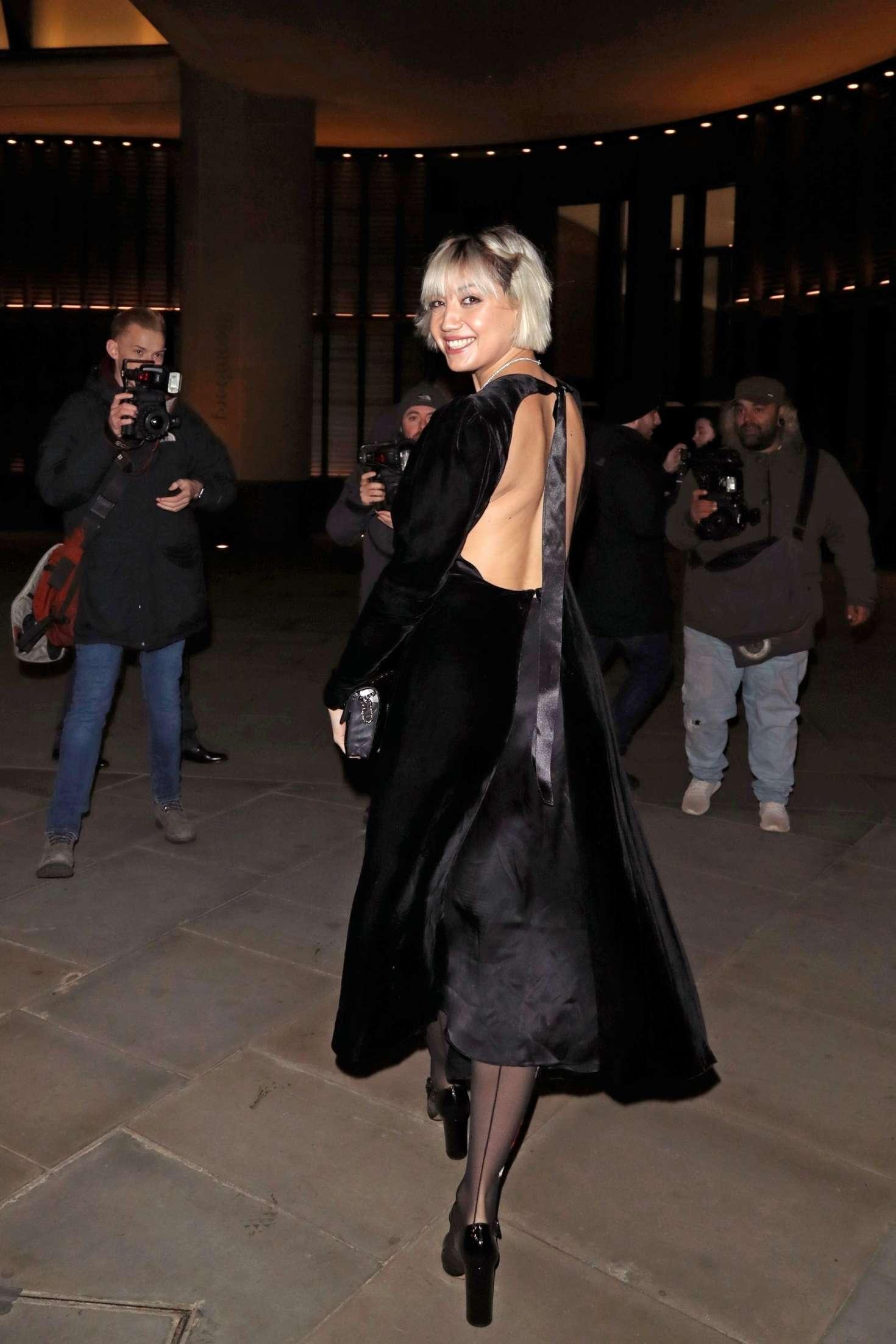 Daisy Lowe 2018 : Daisy Lowe: Vanity Fair x Bloomberg Climate Change Gala Dinner -04