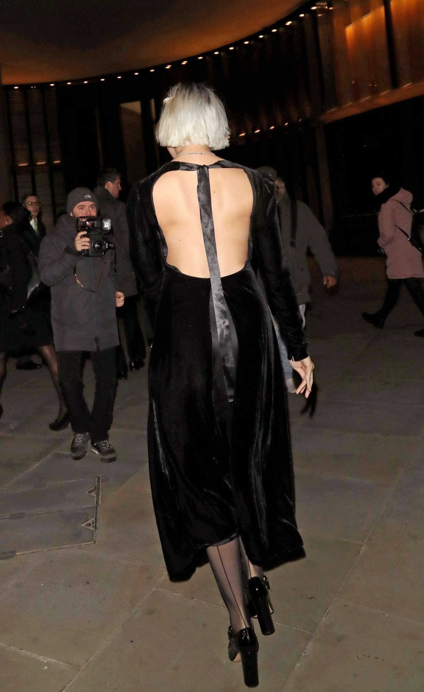 Daisy Lowe 2018 : Daisy Lowe: Vanity Fair x Bloomberg Climate Change Gala Dinner -06
