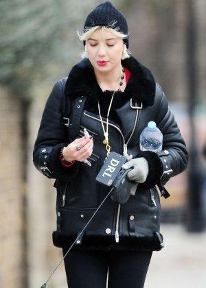 Daisy Lowe - Walking her dog in London