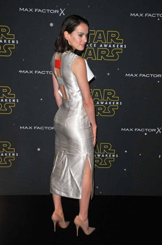 Daisy Ridley: Fashion Finds The Force Event -01