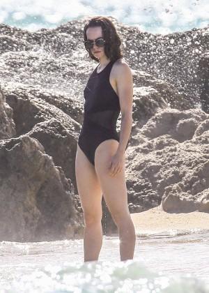 Daisy Ridley: Bikini in Miami 2015-04