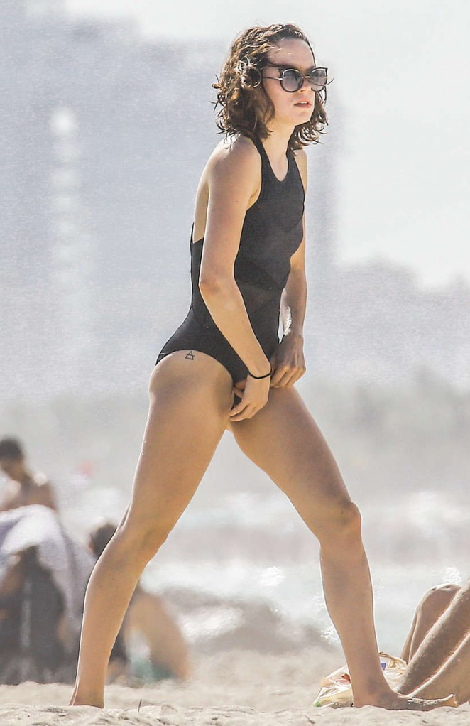 Daisy Ridley – In One-Piece Swimsuit at a Beach in Miami