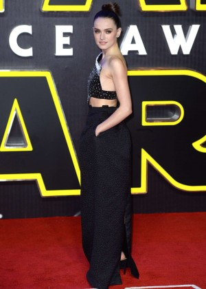 Daisy Ridley: Star Wars The Force Awakens UK Premiere -09