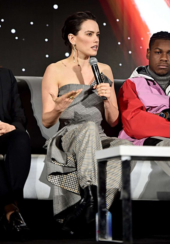 Daisy Ridley - 'Star Wars: The Rise of Skywalker' Global Press Conference in Pasadena