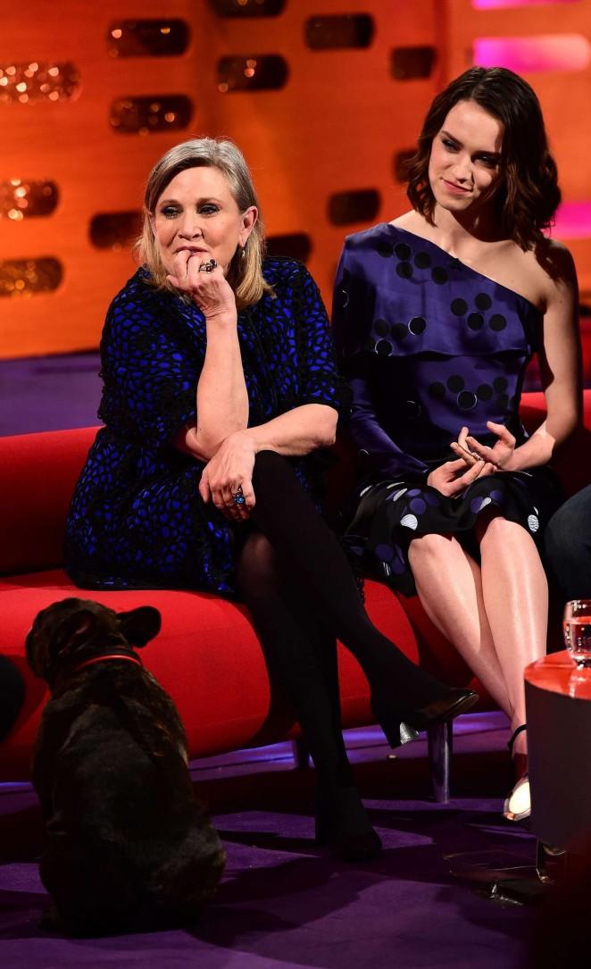 Daisy Ridley: The Graham Norton Show -01