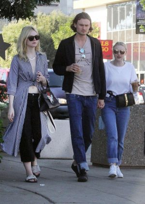Dakota and Elle Fanning out for lunch in Studio City