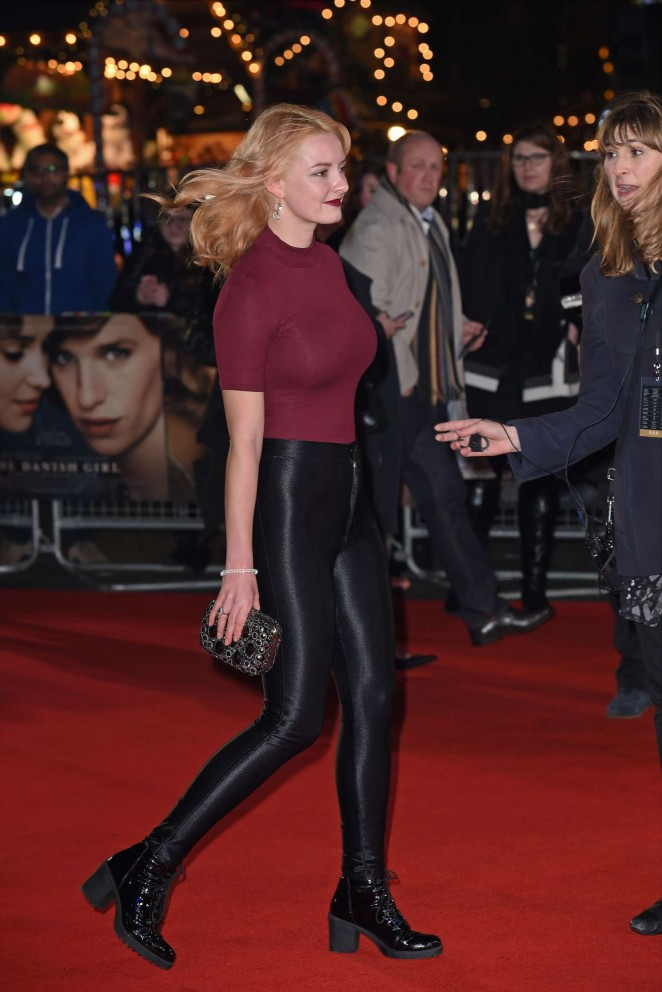 Dakota Blue Richards: The Danish Girl premiere in London-05