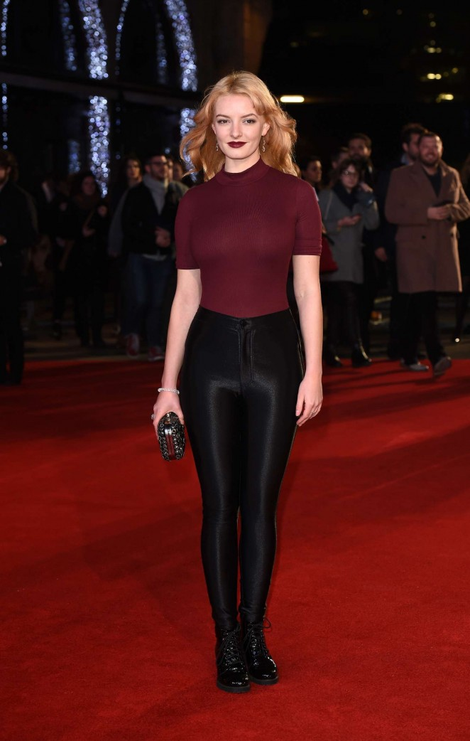 Dakota Blue Richards: The Danish Girl premiere in London-07