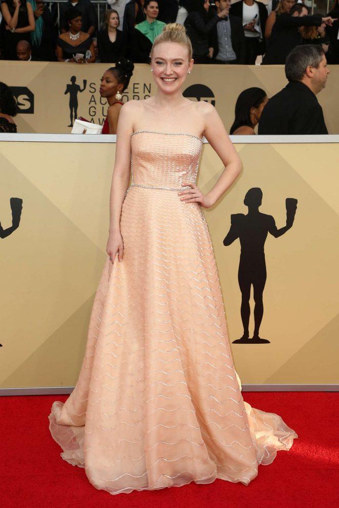 Dakota Fanning – 2018 Screen Actors Guild Awards in Los Angeles