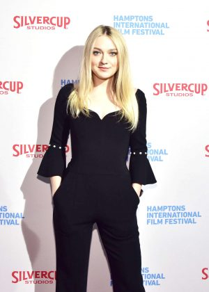 Dakota Fanning - 'American Pastoral' Screening in New York