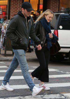 Dakota Fanning and her boyfreind out in New York