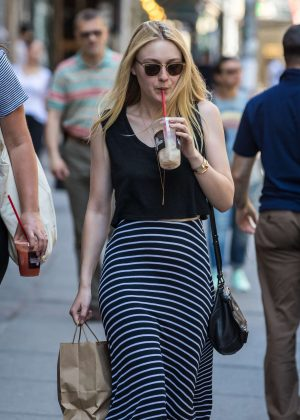 Dakota Fanning enjoys iced coffee in SoHo