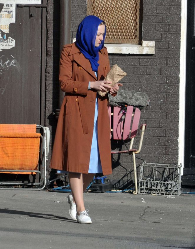 Dakota Fanning - Filming 'Sweetness in the Belly' in Dublin