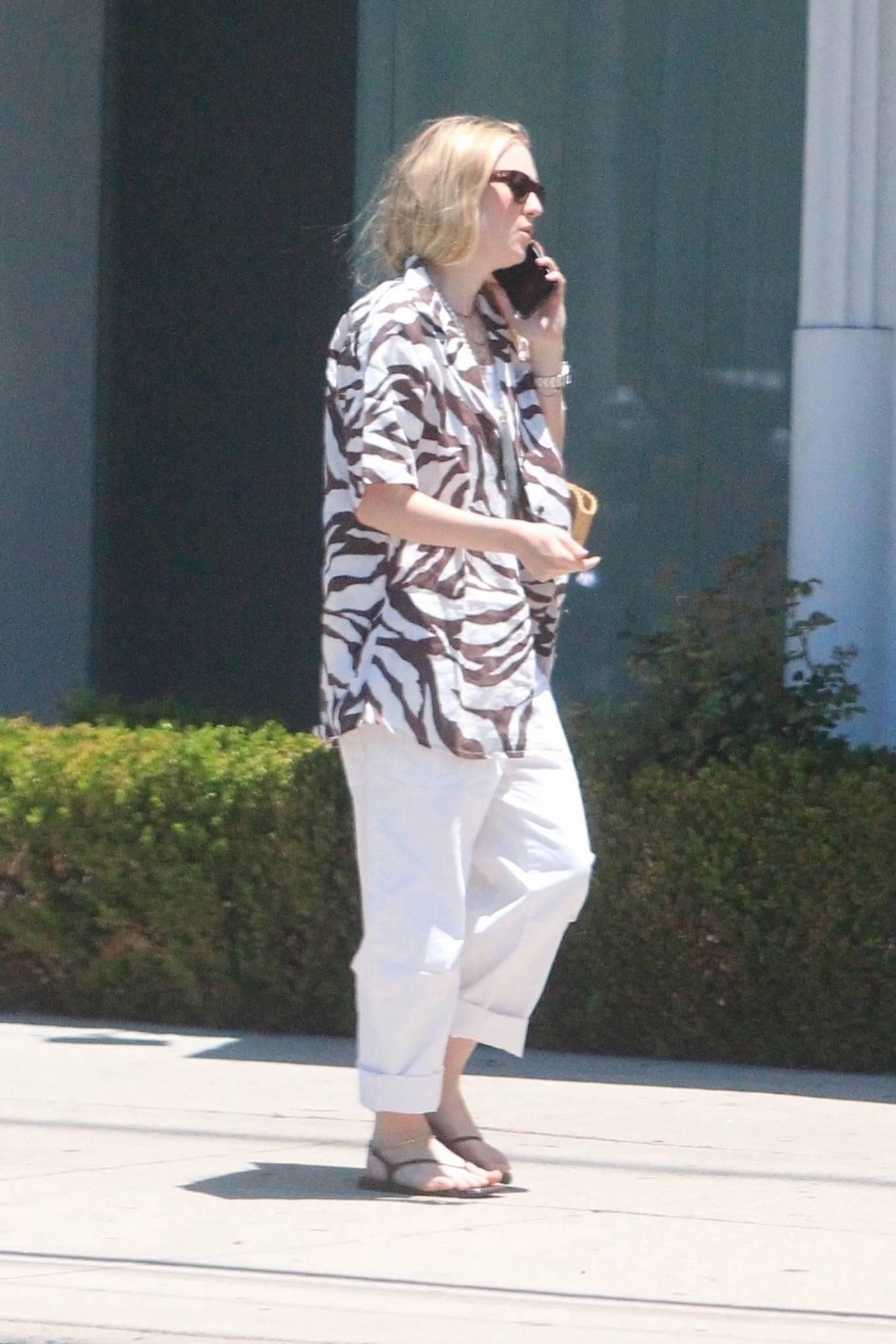 Dakota Fanning 2021 : Dakota Fanning – Grab a cold beverage in West Hollywood-11
