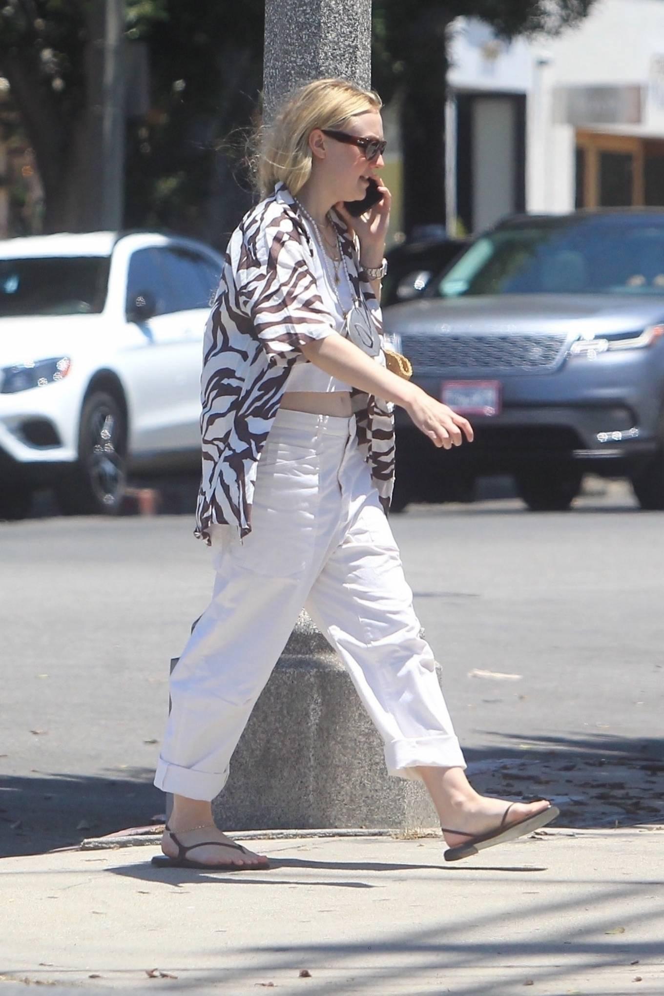 Dakota Fanning 2021 : Dakota Fanning – Grab a cold beverage in West Hollywood-12