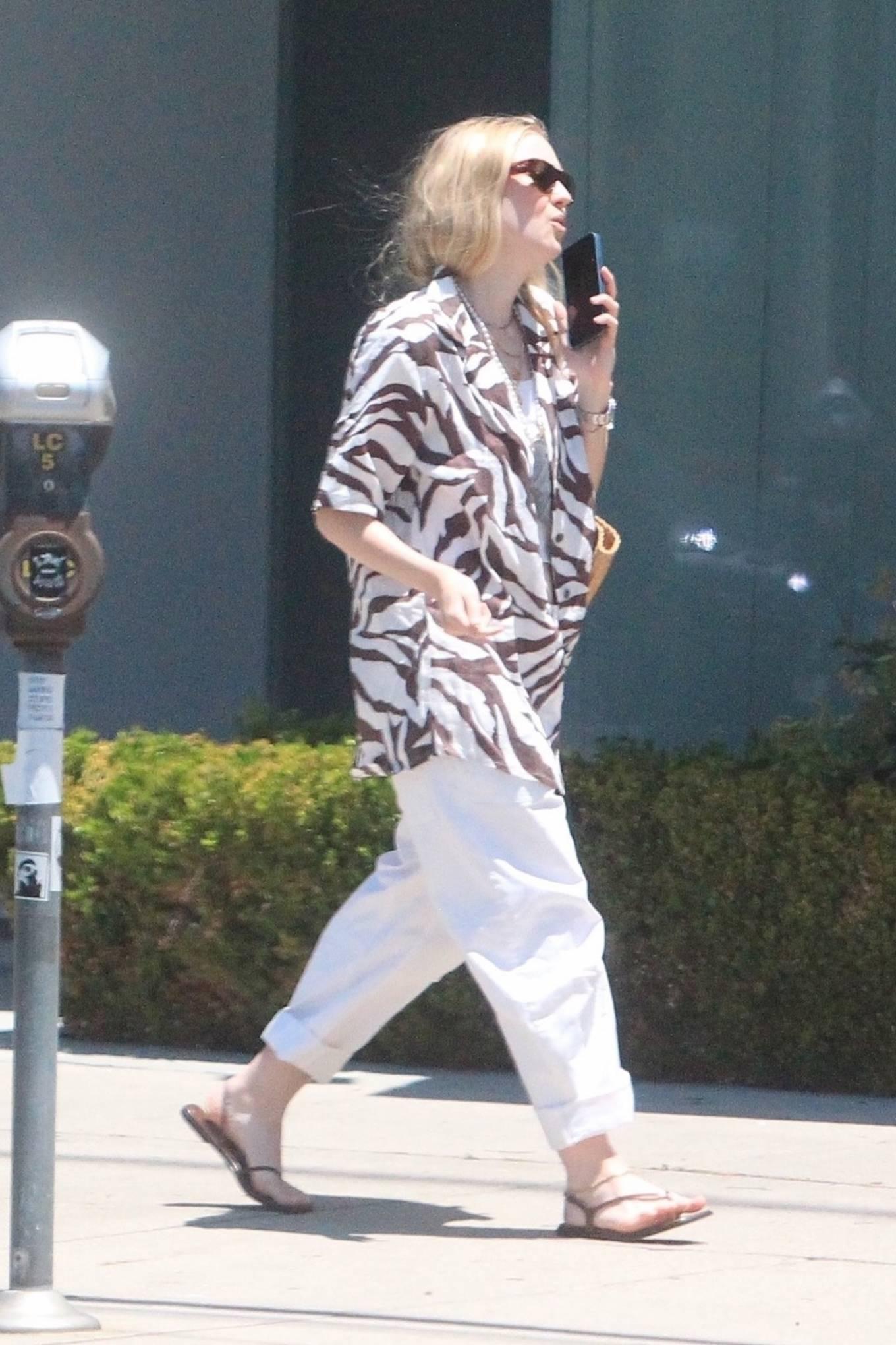 Dakota Fanning 2021 : Dakota Fanning – Grab a cold beverage in West Hollywood-13