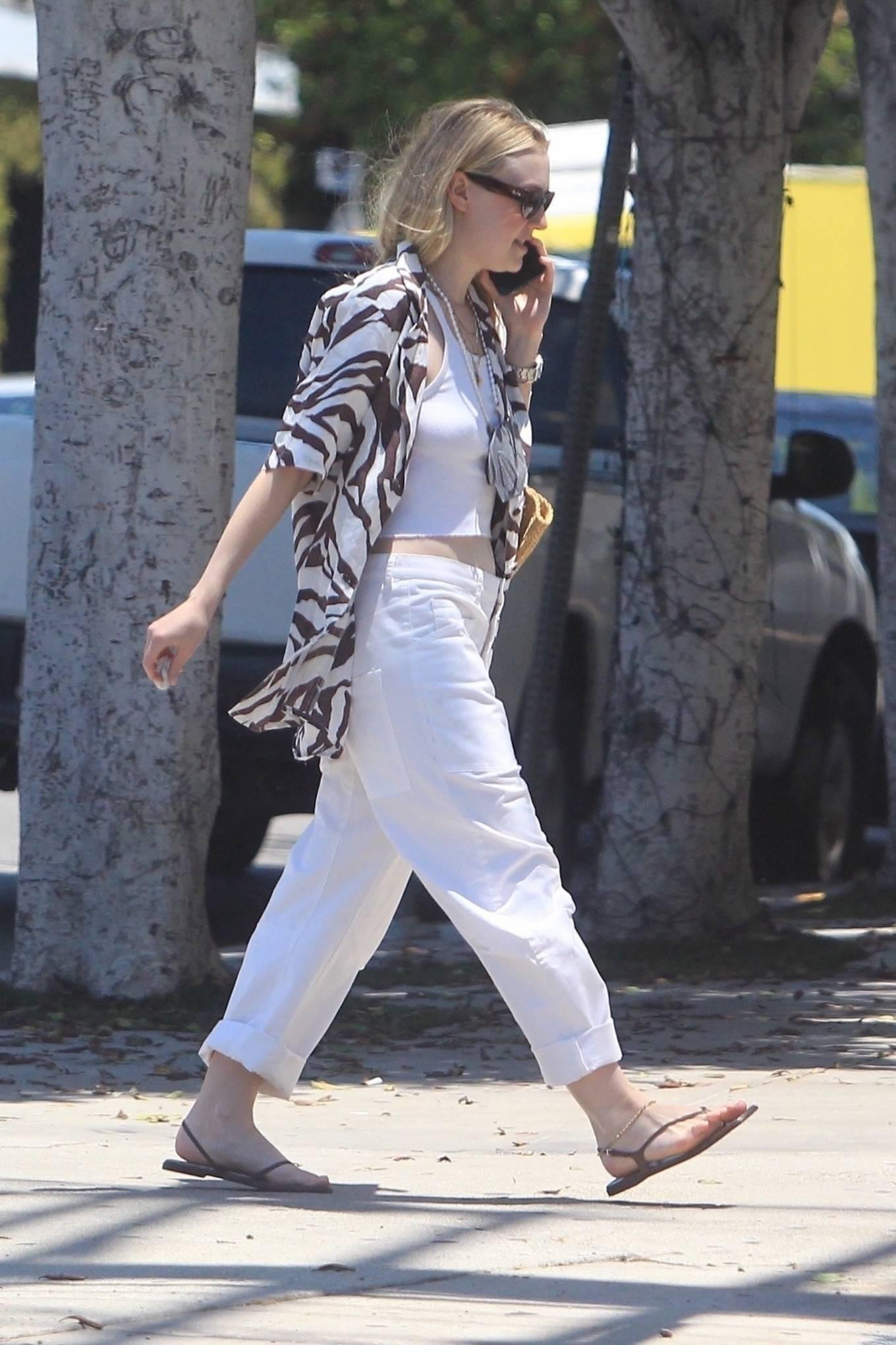 Dakota Fanning 2021 : Dakota Fanning – Grab a cold beverage in West Hollywood-15