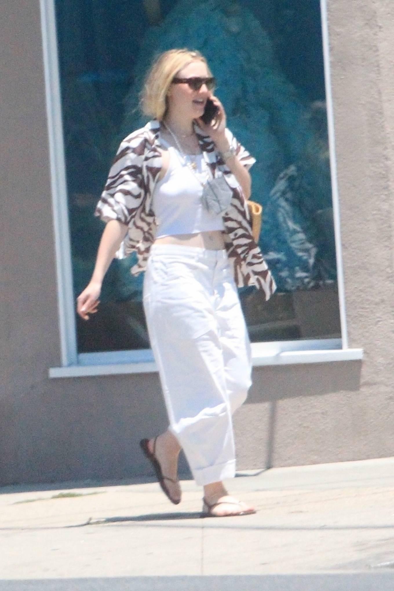 Dakota Fanning 2021 : Dakota Fanning – Grab a cold beverage in West Hollywood-17