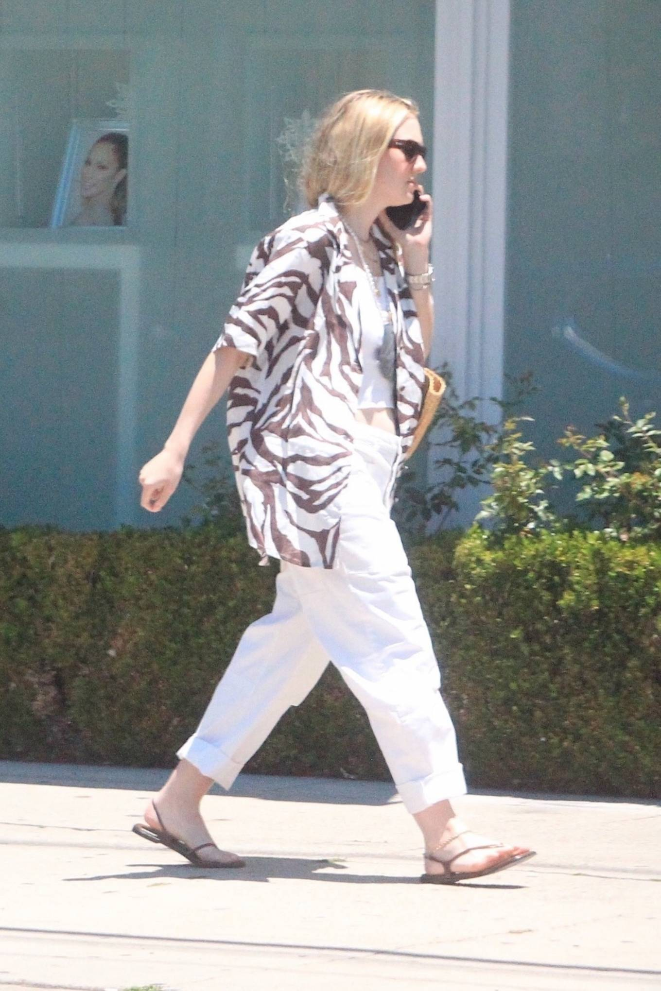 Dakota Fanning 2021 : Dakota Fanning – Grab a cold beverage in West Hollywood-19