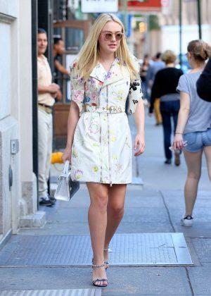 Dakota Fanning - Leaves Her Apartment in New York City