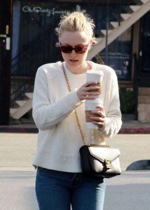 Dakota Fanning - Leaving The Coffee Bean & Tea Leaf in Studio City