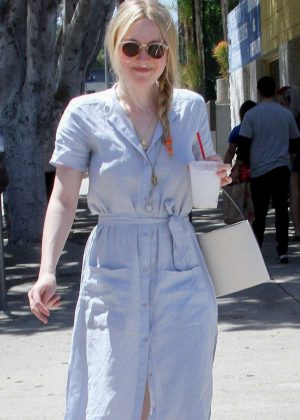Dakota Fanning - Leaving the farmers market in Studio City