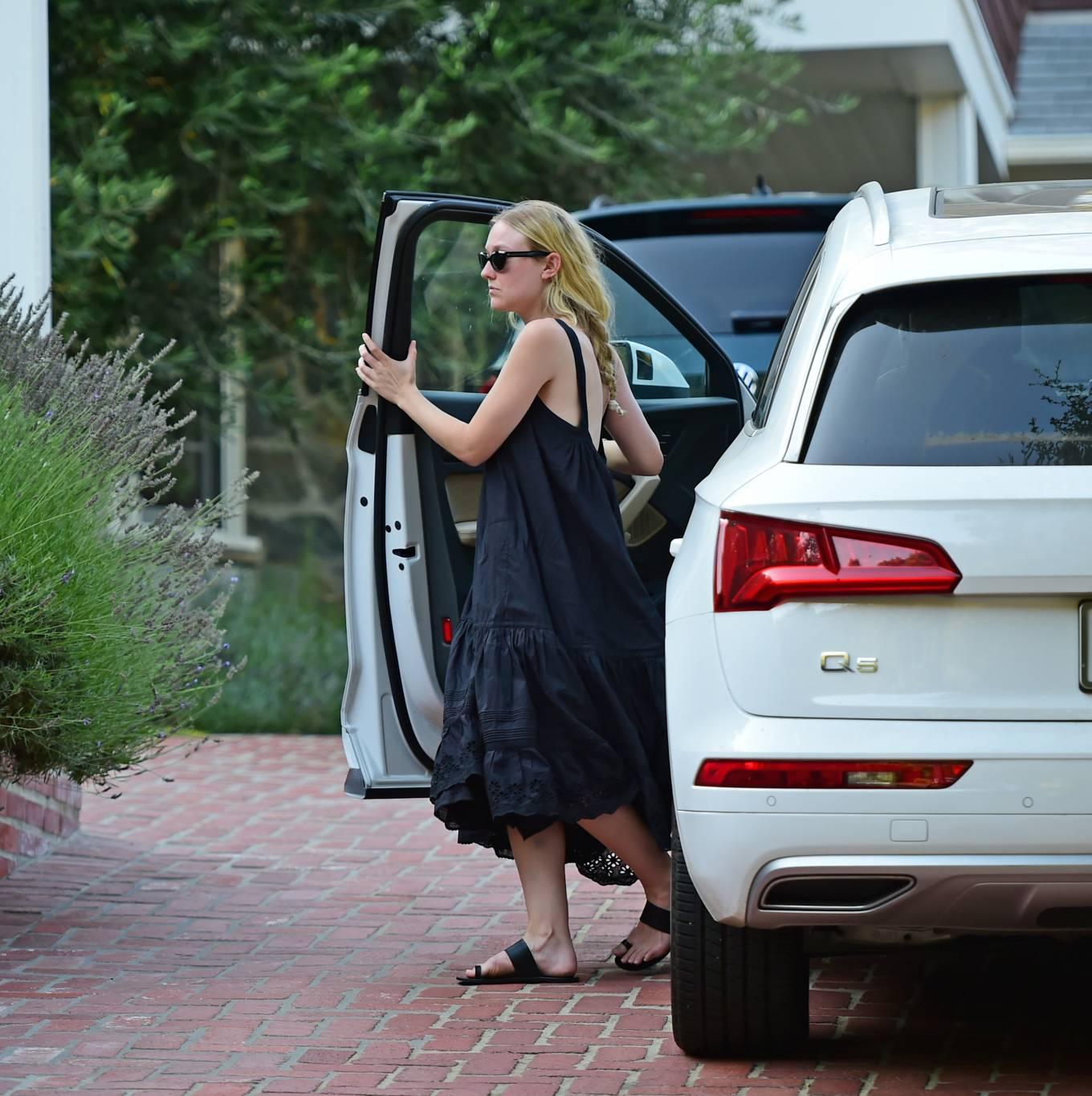 Dakota Fanning 2020 : Dakota Fanning – Out from a car in Los Angeles-10