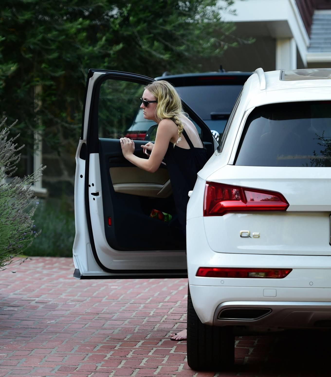 Dakota Fanning 2020 : Dakota Fanning – Out from a car in Los Angeles-11
