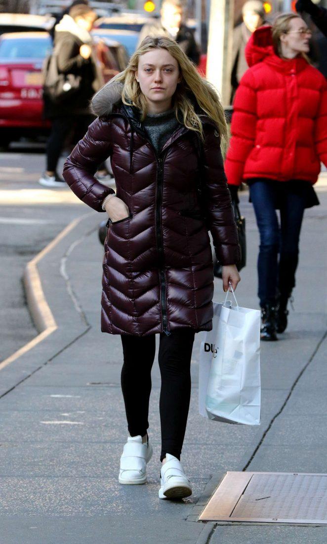 Dakota Fanning out shopping in New York City